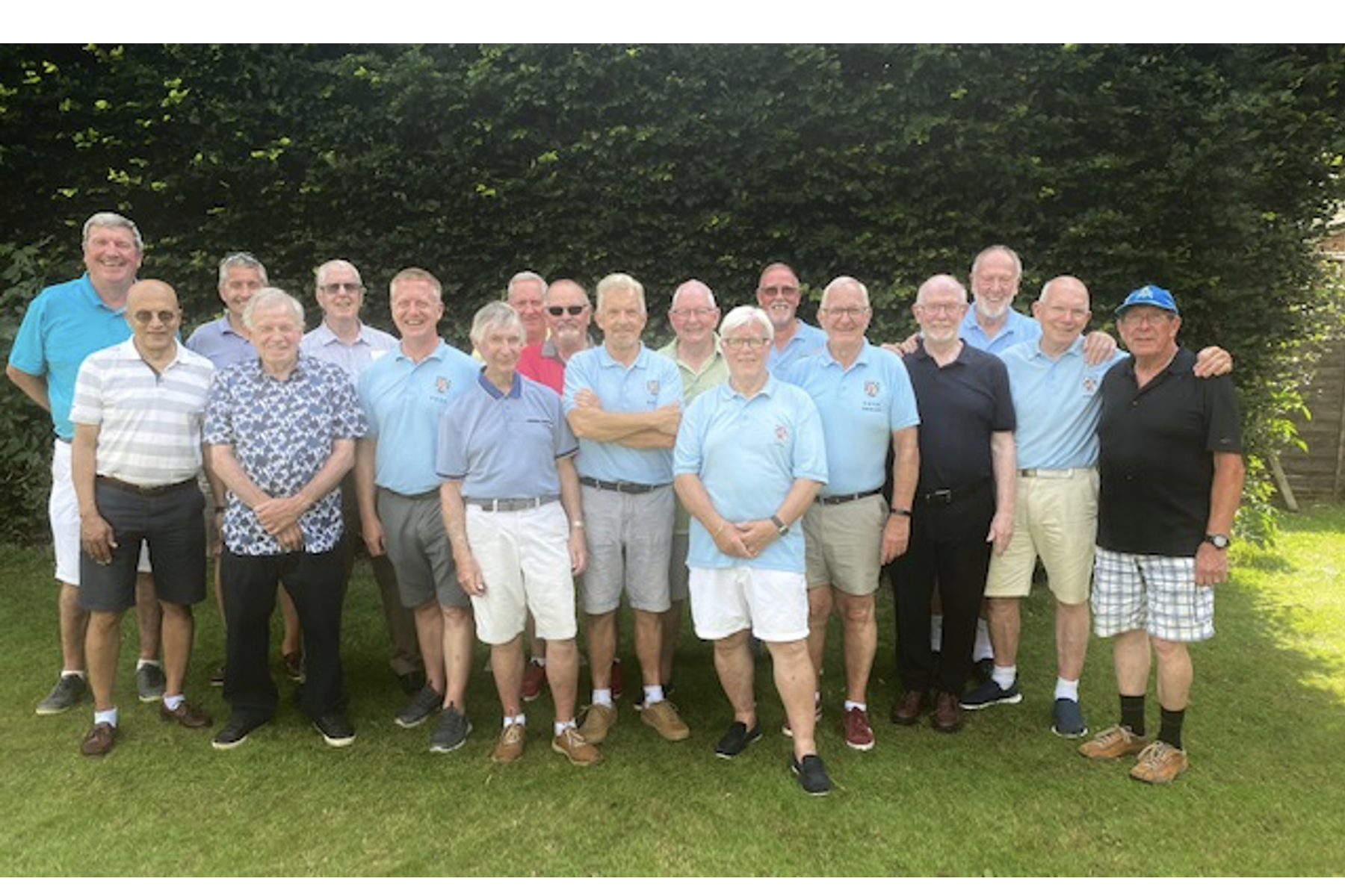 Bedfordshire Golfers Swelter in 90 Degree Heat